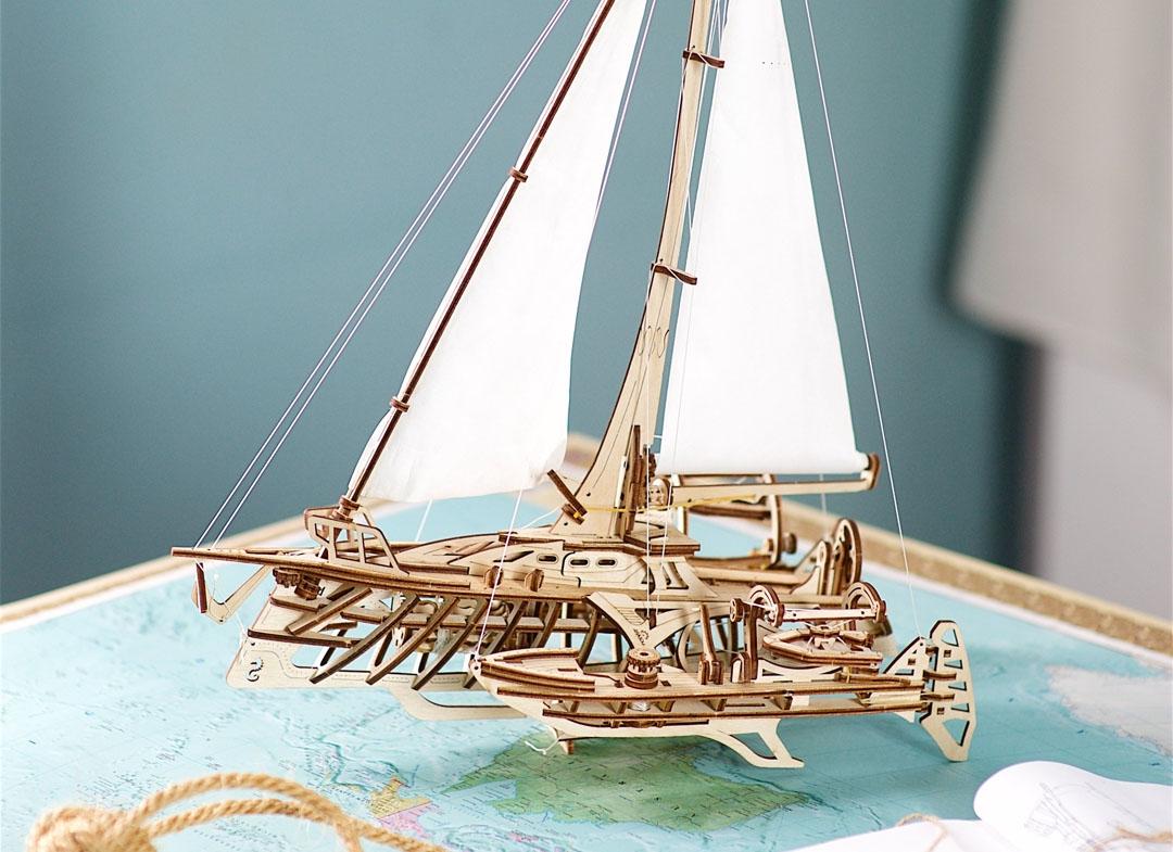 Puzzle 3D Barca Trimaran din lemn Ugears thumbnail