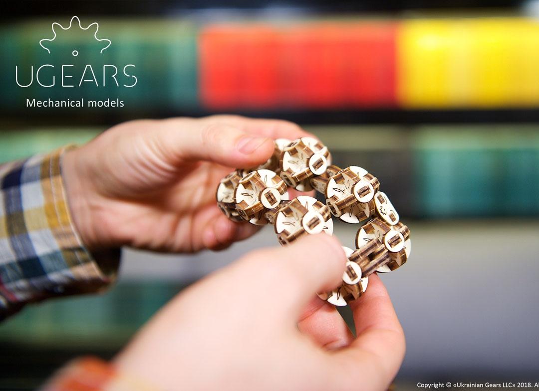Puzzle 3D Model Flexi cubus din lemn Ugears thumbnail