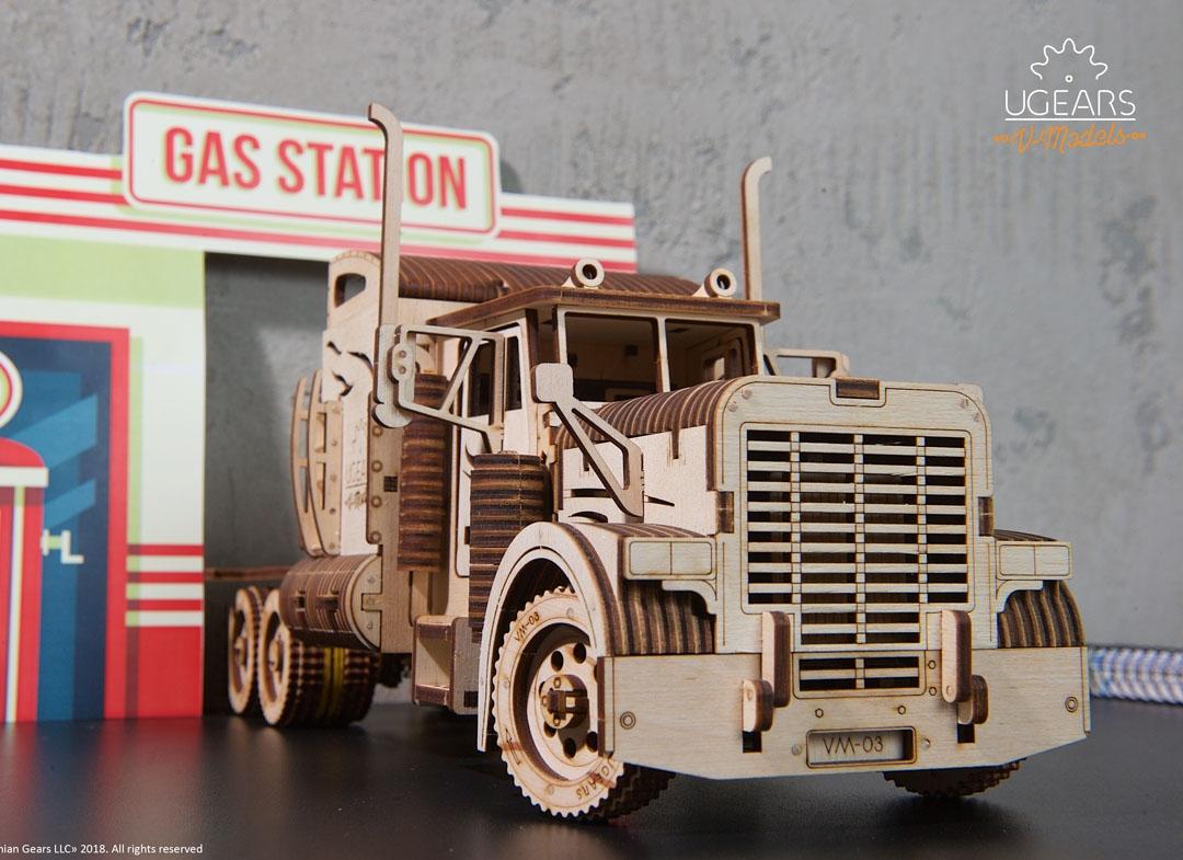 Puzzle 3D Camion VM 03 din lemn Ugears